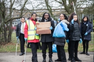 yr7_litter_picking_w-22