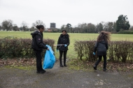 yr7_litter_picking_w-27