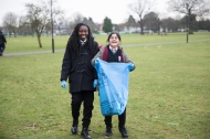 yr7_litter_picking_w-4