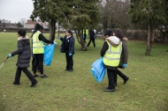yr7_litter_picking_w-9
