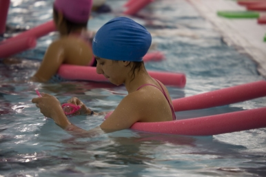 girls_active_swimming_w-2