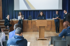 lower_school_debating_w-6