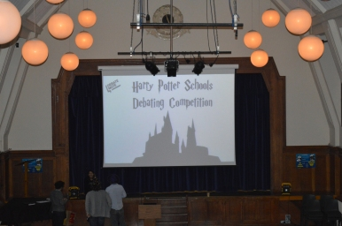 harry_potter_debating_w-48