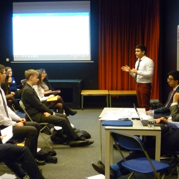 mun_conference_w-96